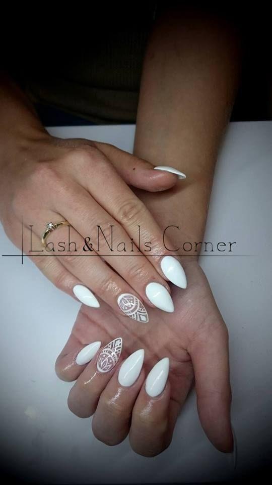 Wyjątkowa stylizacja na wyjątkową okazję. SPN UV LaQ 502 My Wedding Dress Zdobienie SPN White Angel Paint Gel Nails by Sabina Ferenc