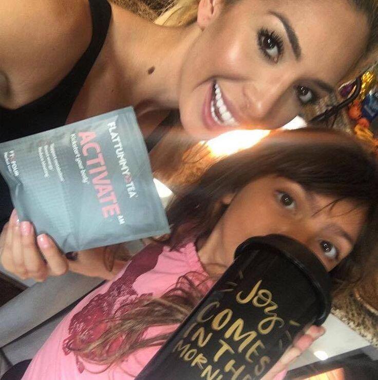 'Worst Parent' Farrah Abraham Explains Photo of Daughter Sophia Drinking Weight-Loss Tea - http://www.gackhollywood.com/2016/11/worst-parent-farrah-abraham-explains-photo-daughter-sophia-drinking-weight-loss-tea/