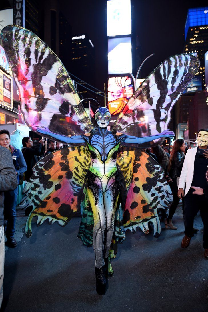 Pin for Later: 15 Celebrity Halloween Costumes That Came From Your Nightmares Heidi Klum as a Butterfly Oh, you thought butterflies were cute and pretty? How about a butterfly the size of a human?!