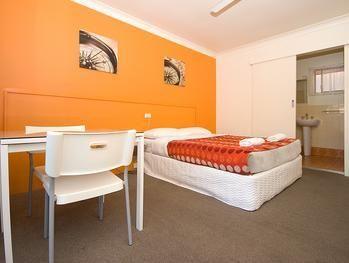 Ocean Blue Motel Gold Coast, Australia