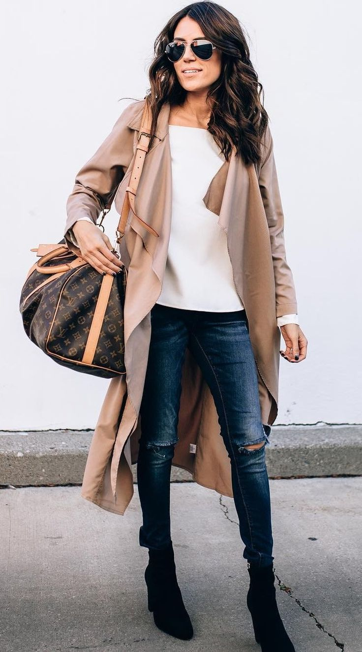 #winter #fashion /  Beige Trench + White Top