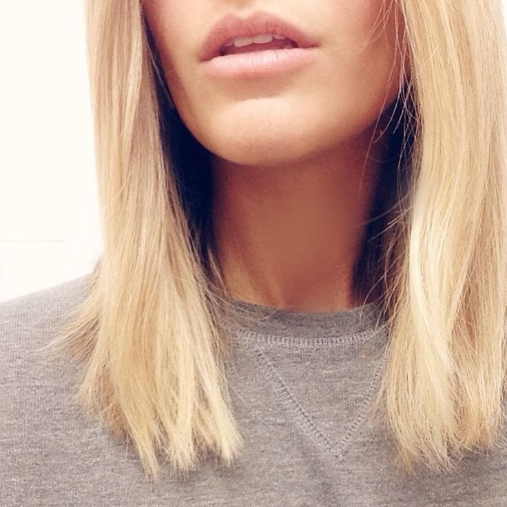 Alex André's hair is perfect. A blunt hair chop, and blonde.