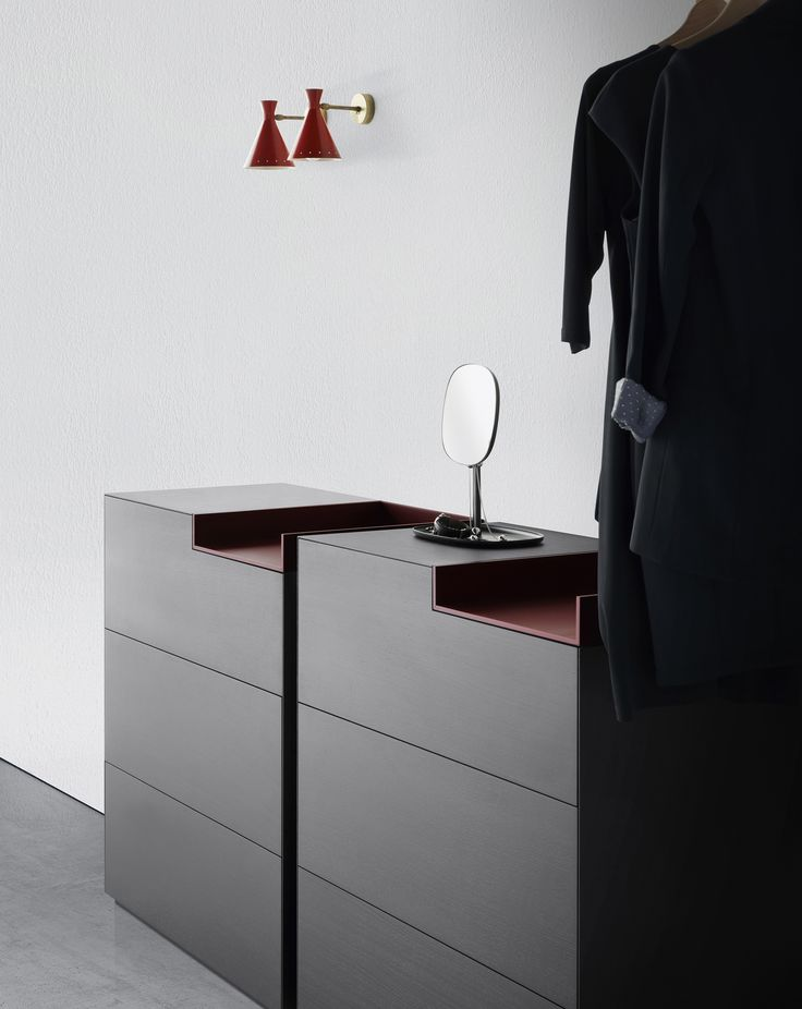 Inmotion by MDF Italia is a flexible modular system of storage unit for home and office with a unique design