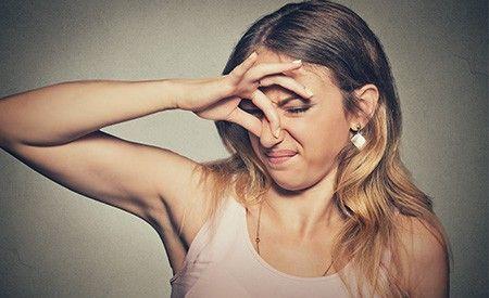 Blähungen entstehen infolge einer gestörten Darmflora (Dysbakterie). Ständige Blähungen sind ein Signal des Körpers, das ernst genommen werden sollte. Blähungen weisen auf ein Ungleichgewicht im Verdauungssystem hin. Was tun bei Blähungen? Wir sagen es Ihnen.