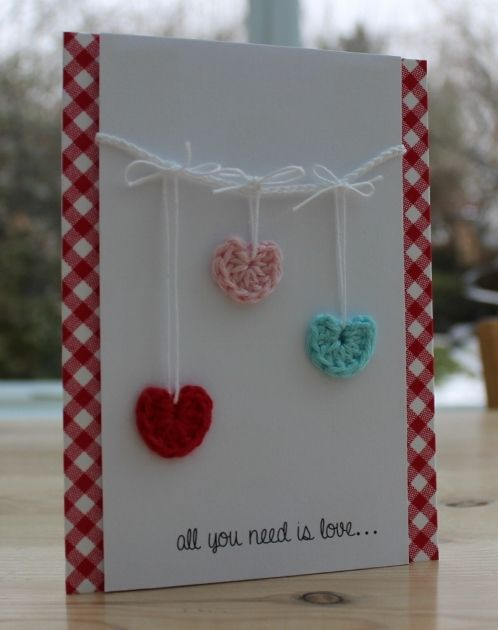 crocheted hearts cute.. maybe make a card for my honey? (: