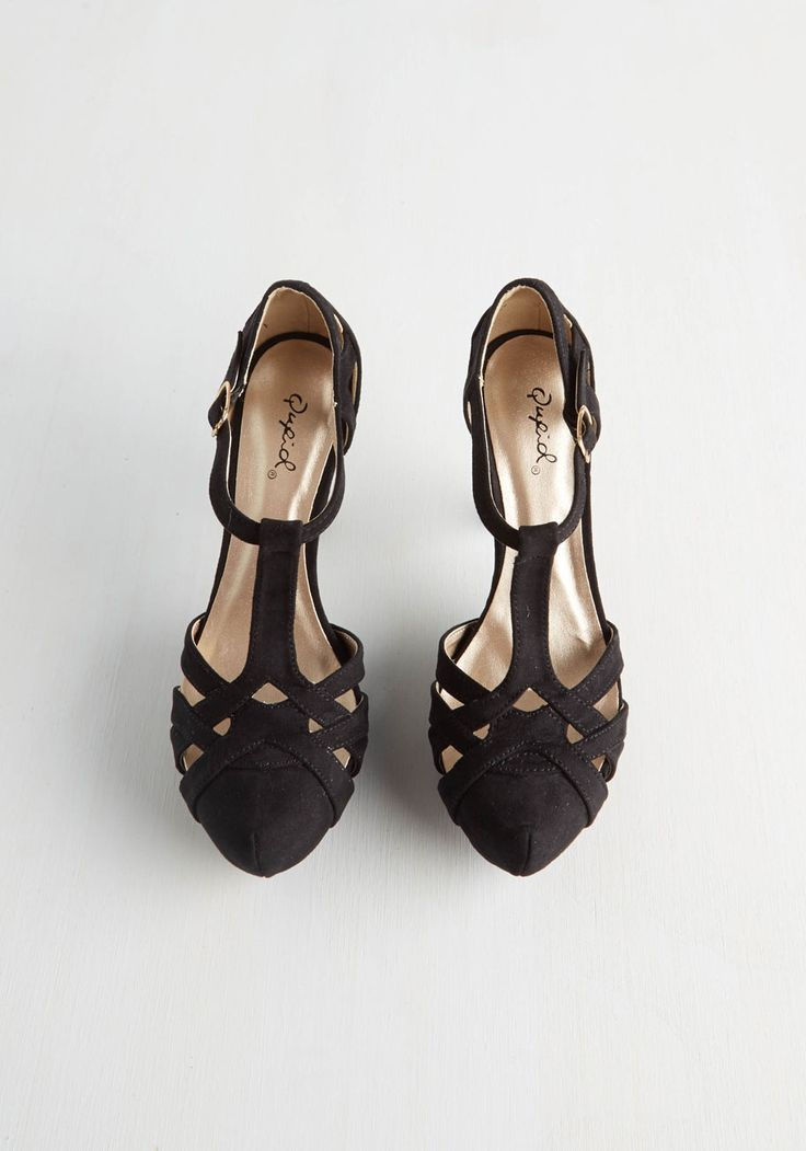 With Haute a Doubt Heel in Noir. You're hands down the best dressed in the room when your look is polished with these black heels! #black #prom #modcloth