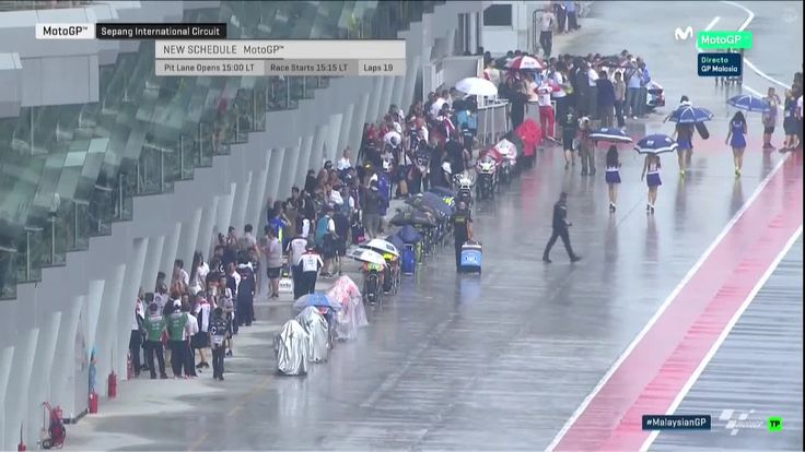 Malaysian GP Race - Preparing New Sighting Lap and Quick Grid