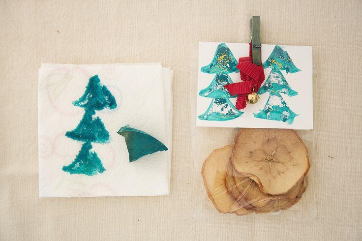 Pacchetto regalo di Natale fai da te. Christmas DIY.  http://dilycious.com/pacchetto-regalo-fai-da-te/