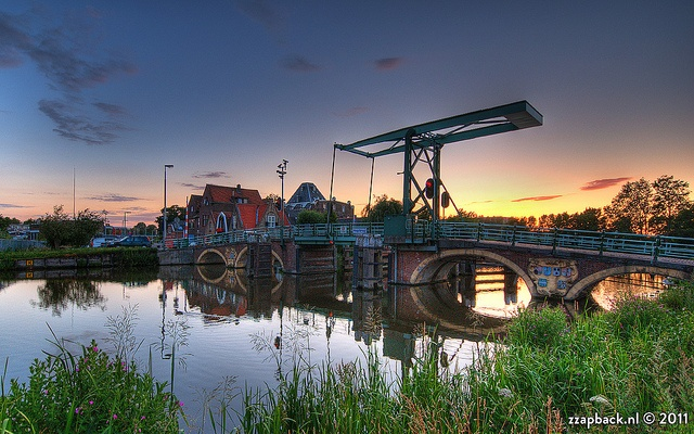 Sunset / Hoge Brug / Overschie / Rotterdam     Photo by Rob de Voogd