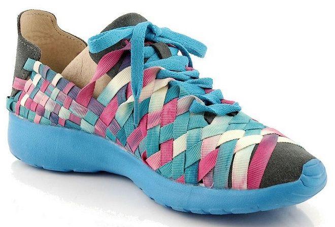 http://zebra-buty.pl/model/4309-damskie-polbuty-sportowe-rock-costa-smeralda-wa-aqu-2041-179