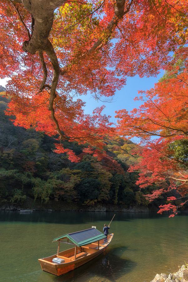Japan in Autumn by Korawee Ratchapakdee / 500px