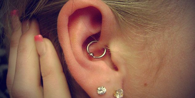 If you're a long term sufferer of migraines and headaches, you're about to hear some promising news. If you're a lover of piercings also, this news will suit you just perfectly. A daith piercing is an ear piercing which passes through the ear's innermost cartilage fold, and advocates claim it...