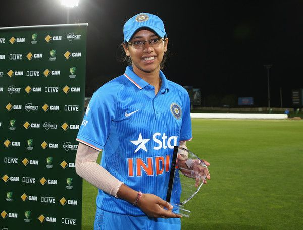 Smriti Mandhana Photos Photos - Smriti Mandhana of India is named player of the match after game two of the women's one day international series between Australia and India at Blundstone Arena on February 5, 2016 in Hobart, Australia. - Australia v India - Game 2