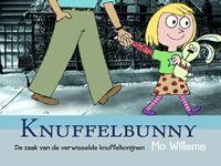Trixie neemt haar knuffelkonijn Knuffelbunny meer naar school. Ze krijgt ruzie met klasgenootje Sonja, die precies zo'n knuffelkonijn heeft. Als straf zet juf beide knuffelkonijnen op de kast. Ze krijgen hun knuffels weer terug, maar midden in de nacht merkt Trixie dat het konijn naast haar niet Knuffelbunny is.