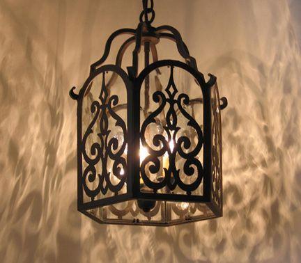 Spanish style lighting pag entrada
