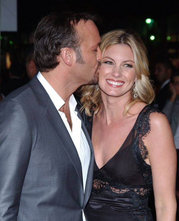 20 Pictures Of Tim McGraw And Faith Hills Epic Love Story