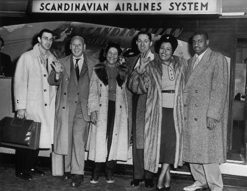 Buddy DeFranco, Red Norvo, Beryl Booker, Leonard Feather, Billie Holiday, Louis McKay, 1954