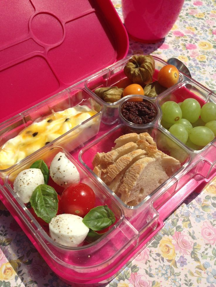 65 best yumbox lunches for adults images on pinterest bento lunchbox healthy eating habits. Black Bedroom Furniture Sets. Home Design Ideas