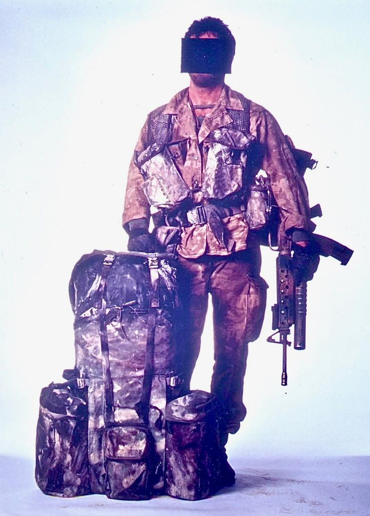 Bravo Two Zero. SAS Trooper Steven Billy Mitchell known by the pen-name of Andy McNab shown here in a studio photo of what he wore during scud hunting operations in Iraq. [10871516]