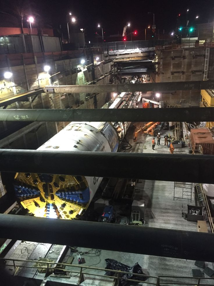 Tunnel boring machine being used for the new metro line in LA [1152x1536] (x-post -r-LosAngles)