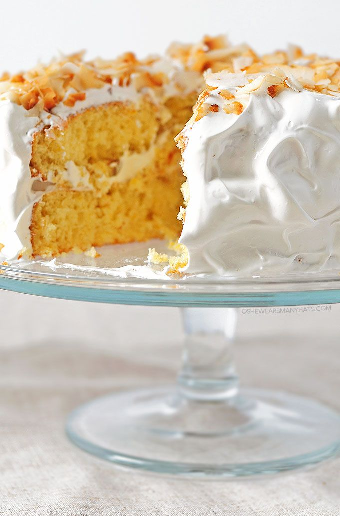 Pineapple Cake Recipe / shewearsmanyhats.com #pineapple #cake #dessert