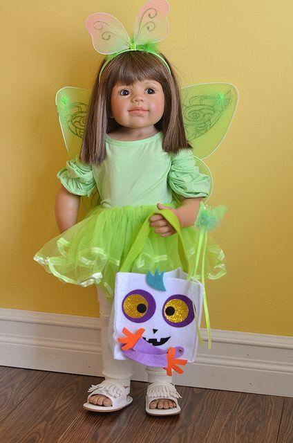 Toddler Astronaut Halloween Costume - halloween costume #kidshalloween #kidshalloweencostume #kidscostume #kidshalloweenoutfits #halloween