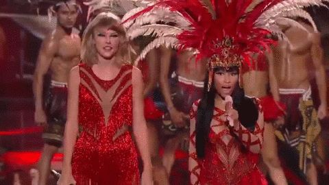 Pin for Later: Nicki Minaj and Taylor Swift Just Squashed Their Beef in Front of Everyone
