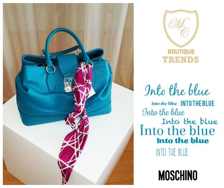 B-L-U-E is the trend!  #moschino #blue #bag