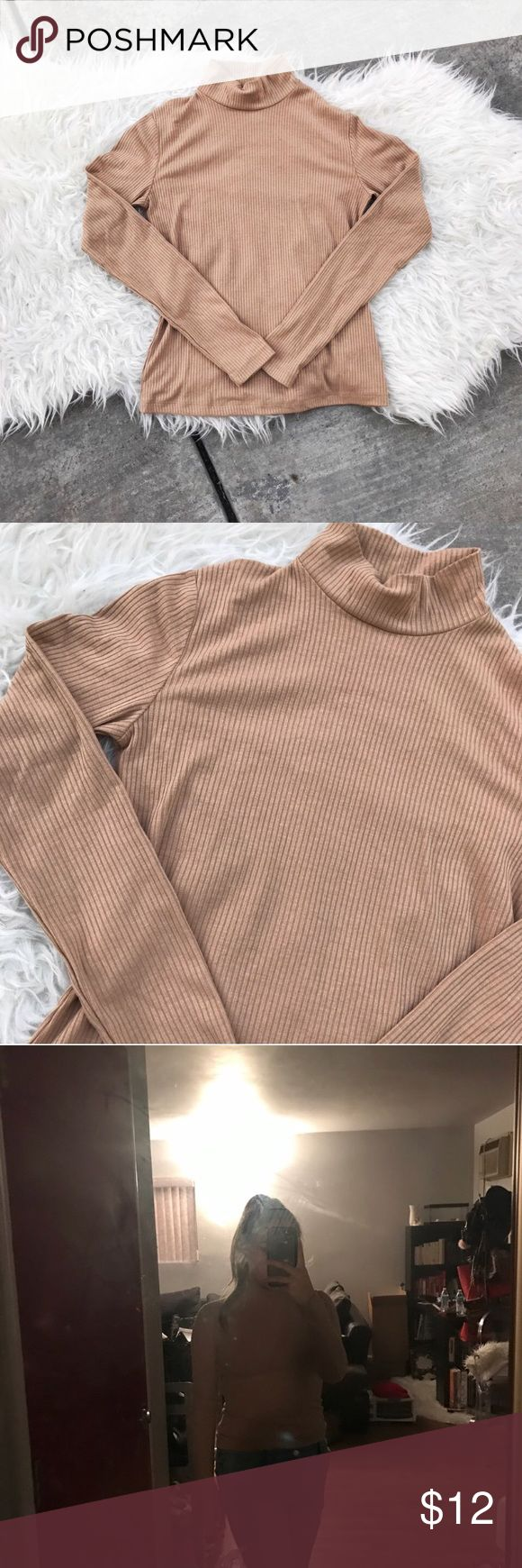Nude ribbed mock turtle neck long sleeve Nude ribbed long sleeve mock turtle neck 😍 brand new without tags from forever 21. Size small. Forever 21 Tops Tees - Long Sleeve