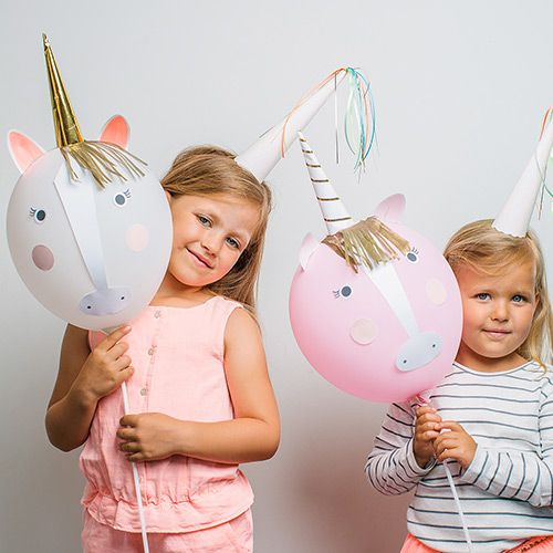 Make your own very splendid unicorn balloon characters with Party Ark's 'Unicorn Balloon Craft Kit'. Our favourite ever balloon craft kit!