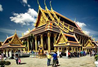 Храм изумрудного Будды - мистическое место Таиланда