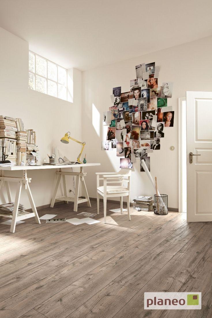 Schones Arbeitszimmer Mit Antik Braunem Designboden In Eichenoptik Bestell Dir Heute Noch Kostenlose Muster Auf Ww Korkboden Holzoptik Eichenparkett Loft Stil
