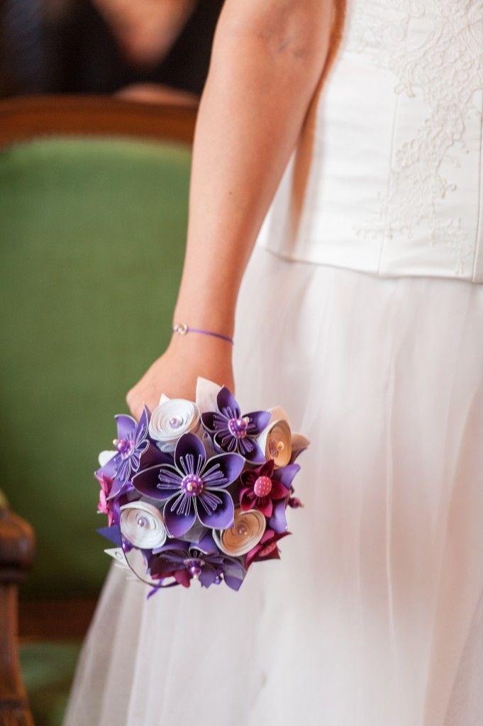 Bouquet tout papier violet Création Une Mistinguett en goguette Crédit photo Libre comme l'Art