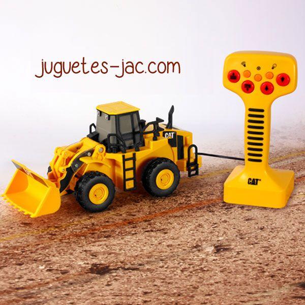 Excavadora con mando de cable, sonidos y movimientos.