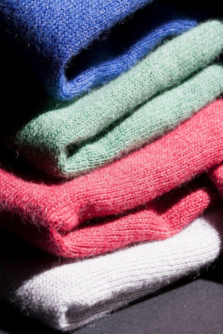 Más que #infaltable es indispensable: suéteres en tejido de punto en diferentes colores.