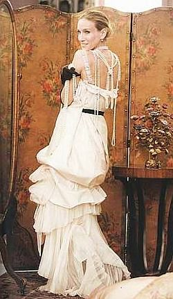 I adore Sarah Jessica Parker and her role in Sex and the City, and her wedding dress photo shoot was Wowtastic!