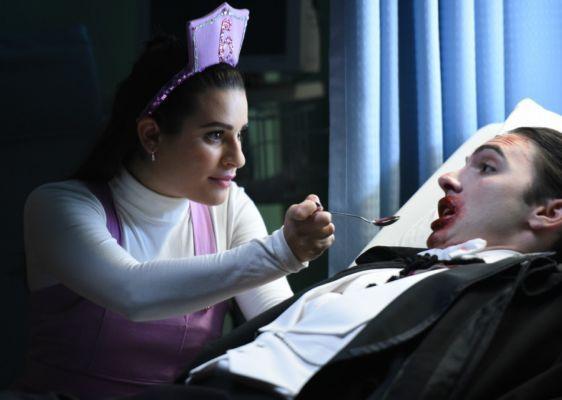 Scream Queens: Hester busca por trabalho - http://popseries.com.br/2016/11/15/scream-queens-2-temporada-blood-drive/
