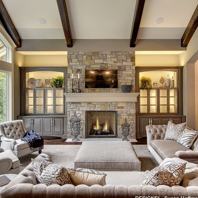 Transitional Living Room Design Ideas: Best 25+ Brown Brick Houses Ideas On Pinterest