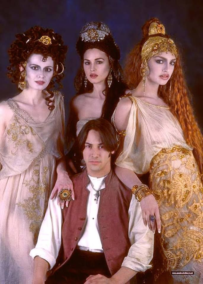 Keanu  Reeves in Dracula with Monica Bellucci