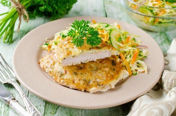 Отбивные из свиной вырезки, ссылка на рецепт - https://recase.org/otbivnye-iz-svinoj-vyrezki/  #Мясо #блюдо #кухня #пища #рецепты #кулинария #еда #блюда #food #cook