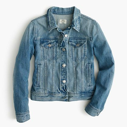 "A wear-with-everything layer in a lighter (as in totally spring ready) wash. The slightly distressed details give this jacket an authentically worn feel—so you can go ahead and make up a great story about how you broke it in. <ul><li>Cut for a classic fit—not too loose and not too tight.</li><li>Body length: 21 1/4"".</li><li>Sleeve length: 31"".</li><li>Hits at hip.</li><li>Cotton.</li><li>Notch collar.</li><li>Button closure.</li><li>Functional buttons at…"
