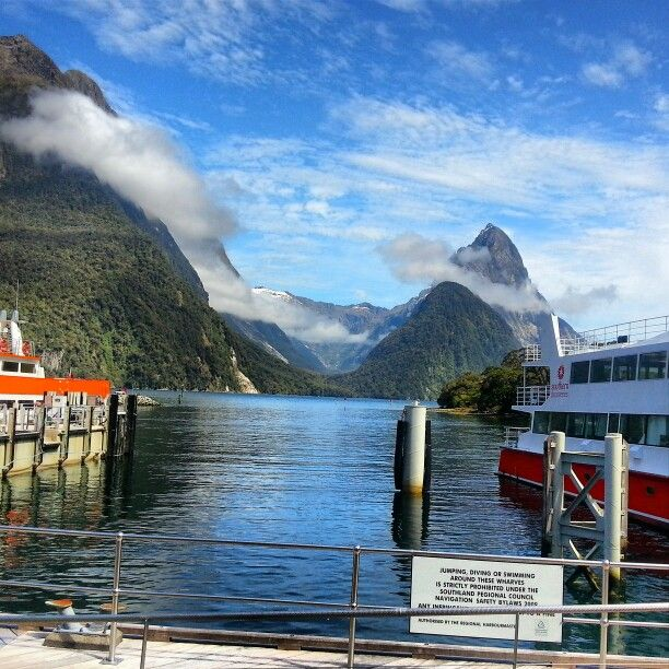 Milford Sounds, New Zealand.