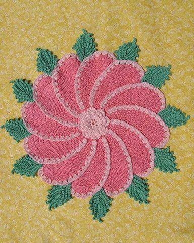 BC003 - Grandmama's Favorite Decorative Potholders and Hot Pads Download - Pinwheel Rose