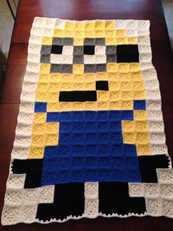 Despicable me Minion crochet blanket por MarchAlongCrafts en Etsy