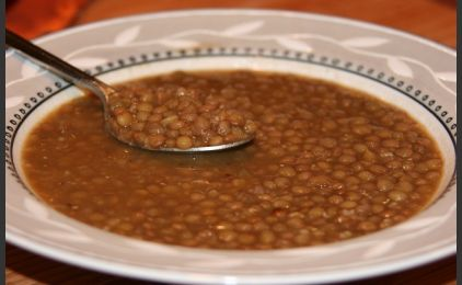 Greek Lentil Soup. Something very healthy and cooked regularly in every Greek home! here is the recipe: http://www.omilo.com/%CE%BC%CE%B1%CE%B3%CE%B5%CE%B9%CF%81%CE%B5%CF%8D%CE%BF%CF%85%CE%BC%CE%B5-%CF%86%CE%B1%CE%BA%CE%AD%CF%82-lets-cook-lentils/