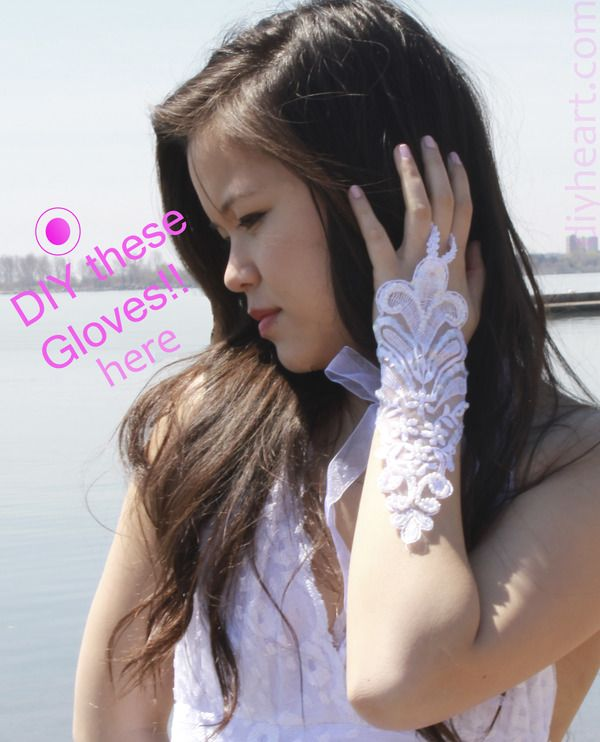 DIY lace gloves how-to here!