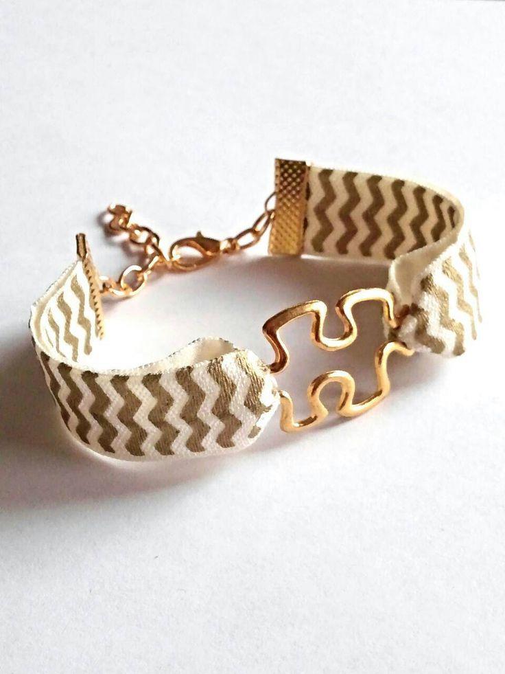 Autism bracelet, autism awareness jewelry, stretch band bracelet, autism jewelry, puzzle piece bracelet, jigsaw bracelet, autism mom