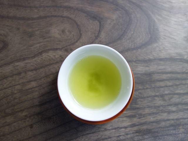楠森堂の実生茶