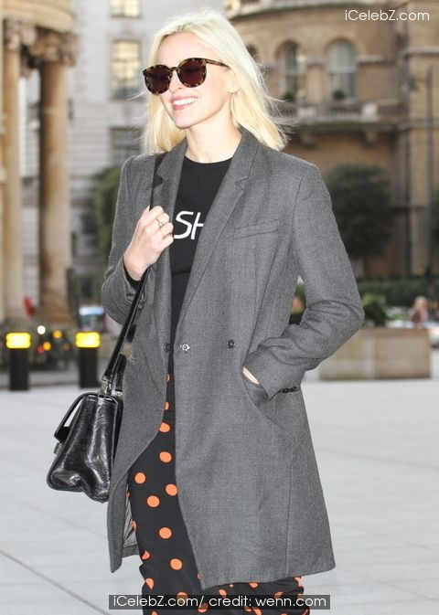 Fearne Cotton arrives at Radio 1 http://www.icelebz.com/events/fearne_cotton_arrives_at_radio_1/