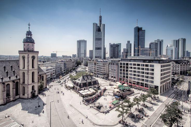 Sunday Morning!  My last photo from my last trip to Frankfurt, enjoy!